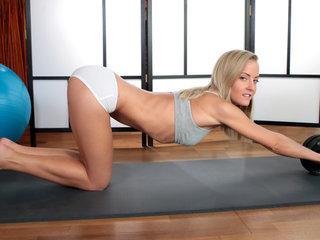 Yoga Hotty