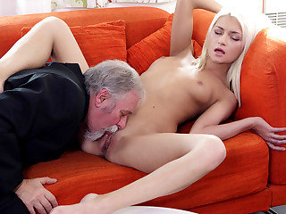 Fortunate Tanya discovers her elderly heads youthfull chief also knows how to slurp poon